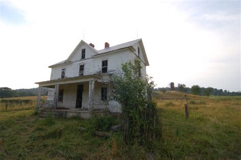 haunted houses in va 8 creepy houses in west virginia that could be haunted