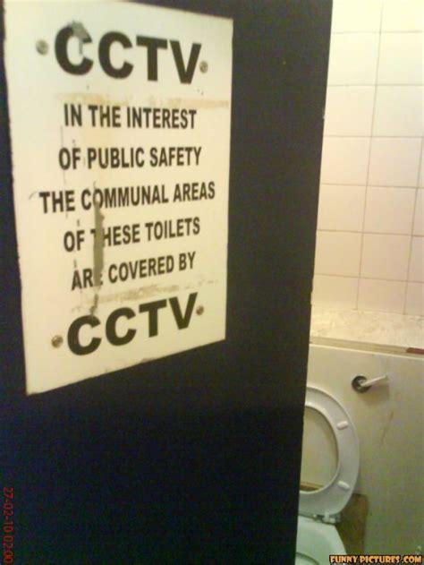 bathroom sayings funny bathroom funny quotes humor quotesgram