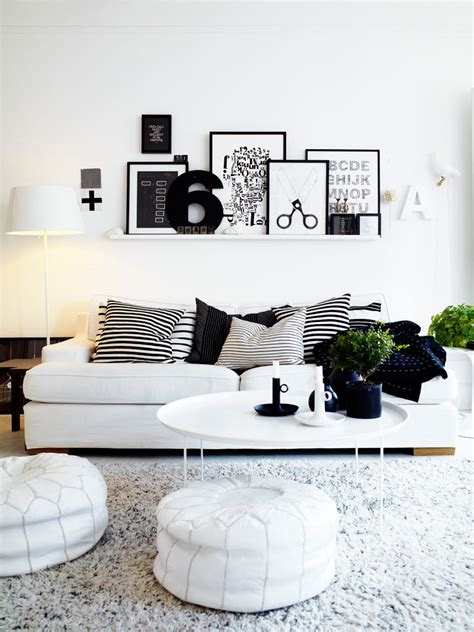 white livingroom black white interiors