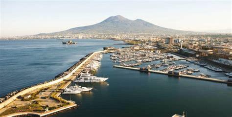 porto castellammare di stabia a castellammare il nuovo porto turistico per yacht da sogno
