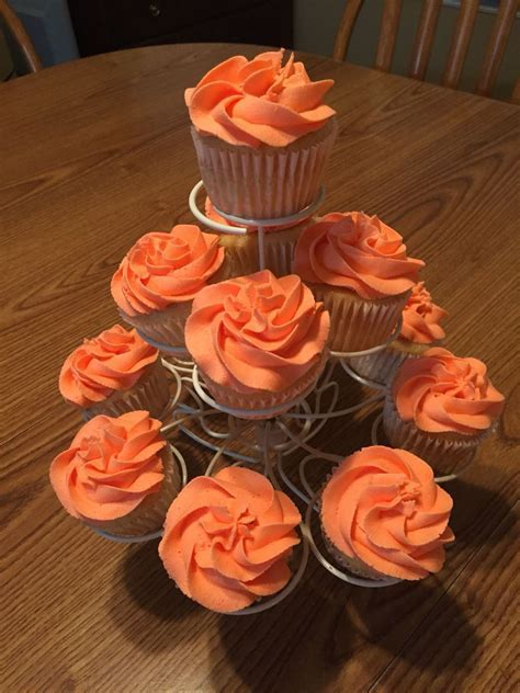 Coral Cupcakes Celebrating 35th Anniversary   Cakes   35th