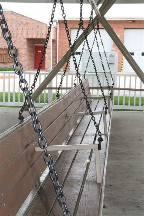 worlds largest swing world s largest covered porch swing hebron ne