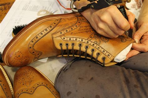 leather tattoo bespoke shoes tattooed by henry knstrct