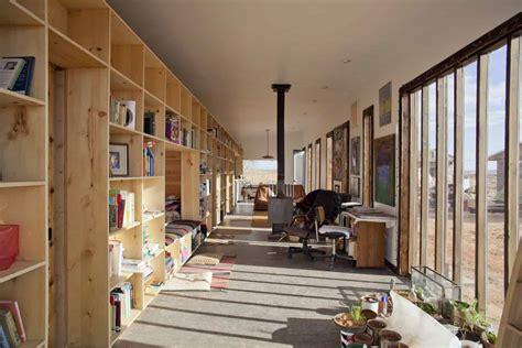 nakai house  utah features wall  shelves  bedroom
