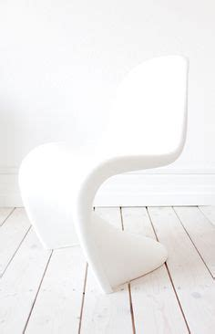 panton chair filzgleiter via huuto dinnertable black and white eames dsw
