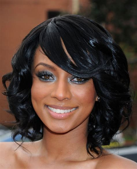 styles with average length weaved hair shoulder length weave hairstyles for black women