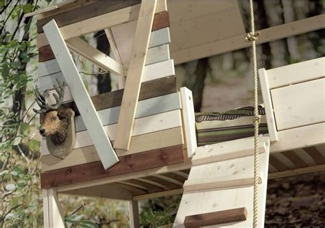 bunk beds that look like a house tree house bunk bed