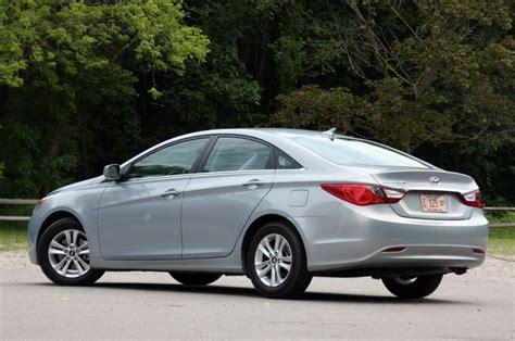 2011 Hyundai Sonata Se Review by Review 2011 Hyundai Sonata Gls Autoblog
