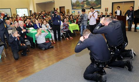 new year koreatown to protect and sebae lapd captain visits koreatown s