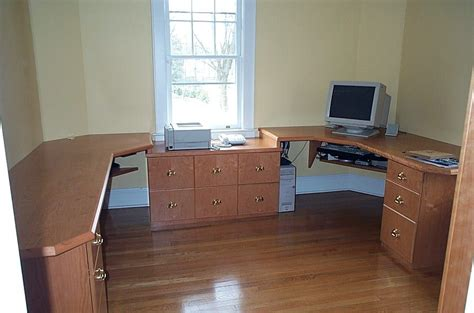 custom home office desk and bookshelves by beacon custom