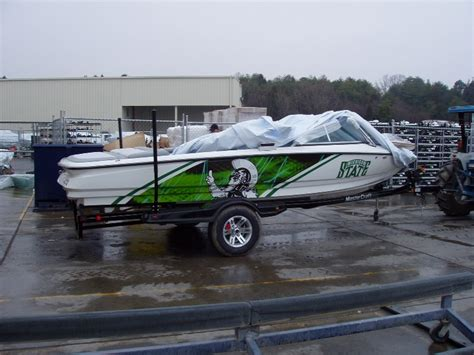boat wraps michigan boat wraps graphic systems installers