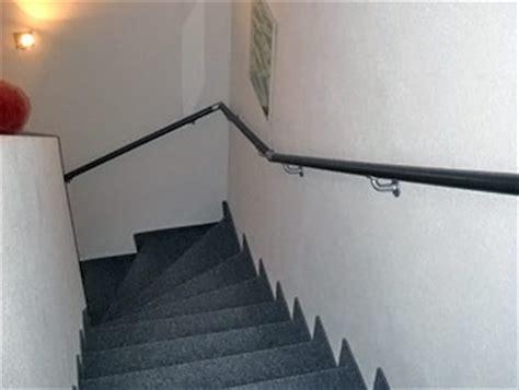 handlauf treppe innen flexo handlaufsysteme handlauf beispiele