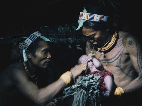 sejarah mentawai suku tua penguasa lautan tagar
