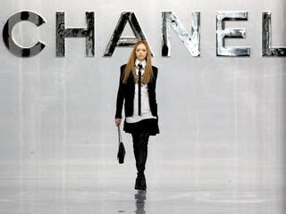Haute Historian The Leger Legacy Second City Style Fashion by Chanel Choose Cuba For Its Haute Couture Parade Chanel