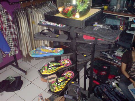 Kaos Rigi Outdoor draster november 2010