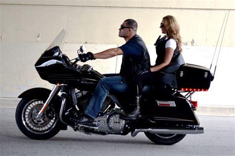 Ufc Harley Davidson by Cain Vel 225 Squez Visitando El Museo De Harley Davidson Ufc