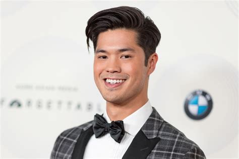 Ross Mba Decision Date by Ross Butler From Quot 13 Reasons Why Quot Said He Didn T Date