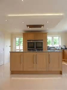 suspended ceiling with lights and flat extractor