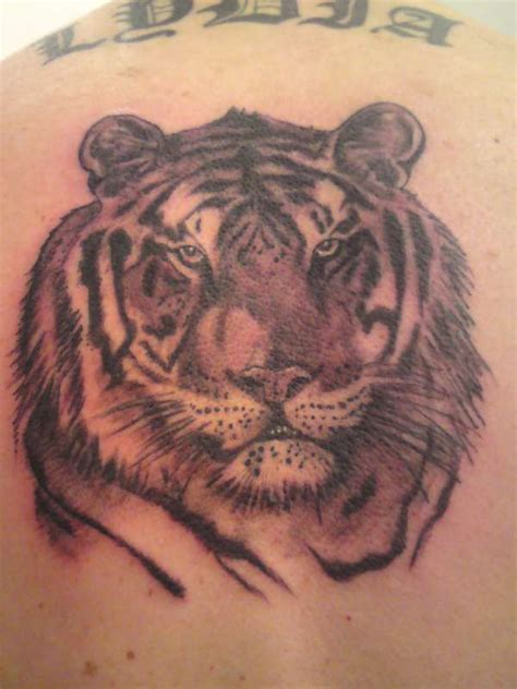 black and grey tiger tattoo black n grey tiger tattoo