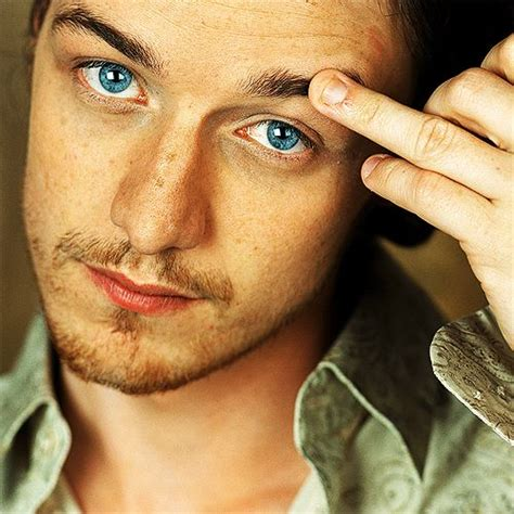 james mcavoy nails james mcavoy what gorgeous eyes ah but those bitten down