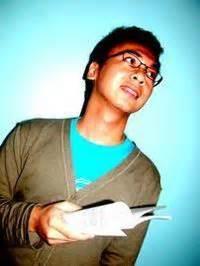 3 Novel 50rb By Raditya Dika raditya dika author of komik kambingjantan 2 2011 at booksminority