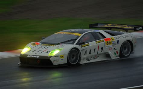lamborghini race cars lamborghini racing wallpaper 1085695