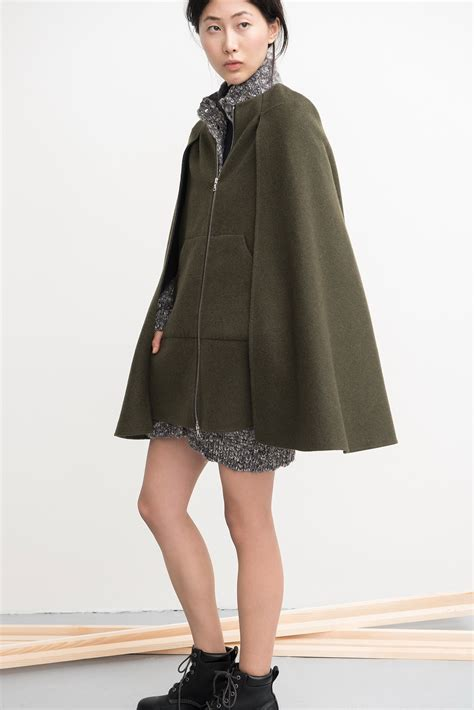 cape styles 25 cape coats to wear this fall winter 2018