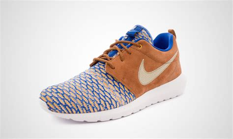 Nike Roshe One Royal Ori mens nike roshe one flyknit premium 746825 402 royal metallic gold grain deals