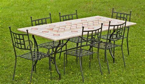 tavolo in ferro da esterno tavolini da giardino foto 19 40 design mag