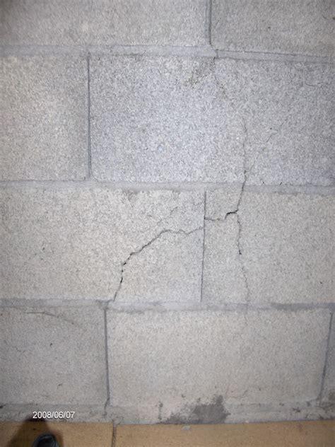 Joint De Mur En Exterieur by Fissures Sur Murs Ext 233 Rieur Parpaings Maison Int 233 Rieur
