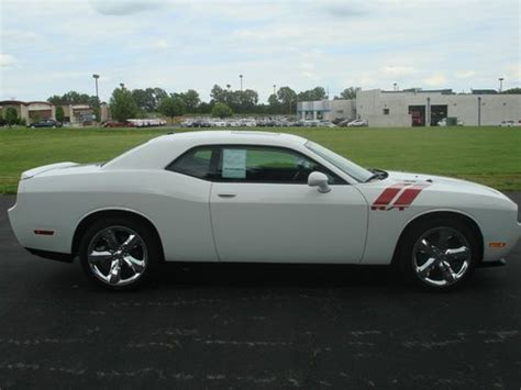 download car manuals 2011 dodge challenger seat position control sell used 2009 silver manual 6 1l hemi sunroof heated seats nav rear spoiler bluetooth in