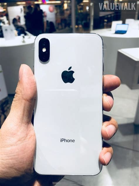 iphone x vs iphone 8 plus comparing the best of apple