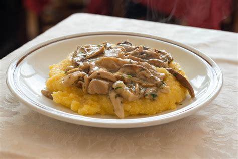 cucina trentino alto adige piatti tipici polenta di patate con funghi piatti tipici trentino alto