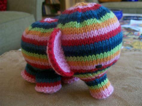 easy elephant knitting pattern elefante free knitting pattern knitting bee