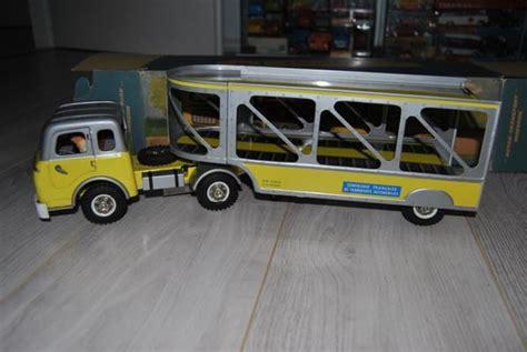 camion porta auto camion porte autos les jouets joustra