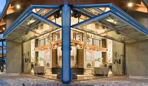 Detached Garage Design schweiss photo of the day hot looking glass livingroom
