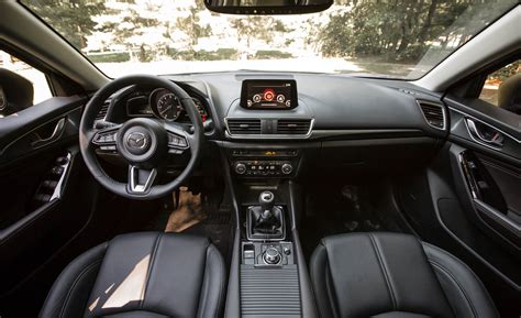 Mazda 3 Interior by 2017 Mazda3 Hatchback Cars Exclusive And Photos