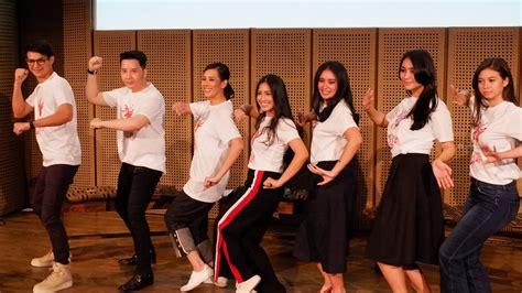 tutorial indonesia menari 2017 sejumlah artis meriahkan indonesia menari 2017