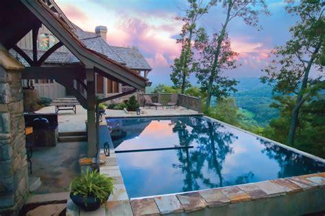 Hidden Backyard Pool 8 Infinity Pools We Love Luxury Pools
