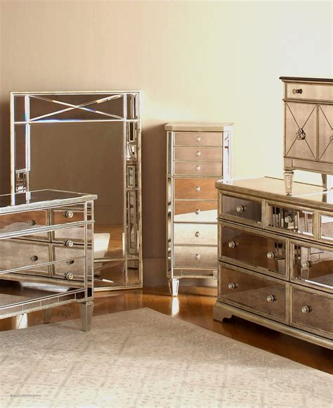 25 best ideas about mirrored bedroom furniture on mirror and wood bedside table beautiful best 25 mirrored