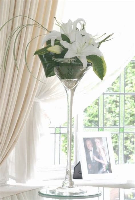 Martini Vases For Weddings by 25 Best Ideas About Martini Glass Centerpiece On