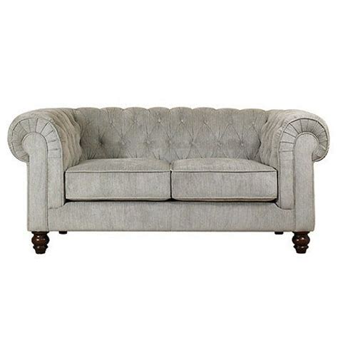 small chesterfield sofa 17 best images about small sofas on pinterest leather