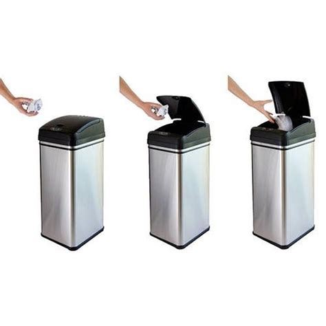 Best Kitchen Trash Cans by 25 Best Ideas About Kitchen Trash Cans On