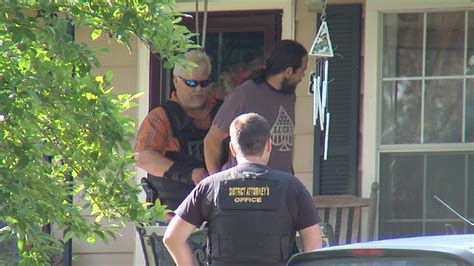Etowah County Warrant Search Operation Strike Rounds Up Suspects In Etowah County Cases Wbma