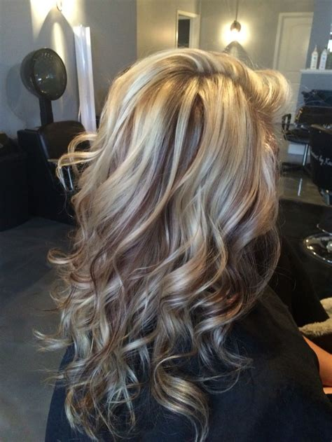 pictures of white hair with lowlights beautiful white blonde highlights with chocolate brown
