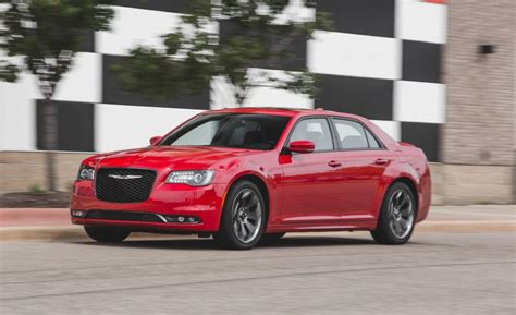 Chrysler 300 Performance 2015 chrysler 300 performance test 1378 cars