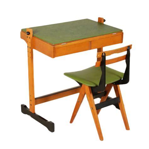 tavoli per bambini tavolo per bambini reguitti tavoli modernariato