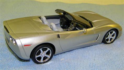 2005 corvette models 2005 chevrolet corvette convertible promo model car