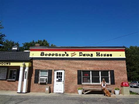 scooters dawg house 301 moved permanently