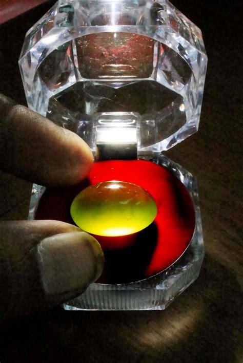 Batu Indocres Giok Aceh foto indahnya giok solar neon tiga dimensi simomot